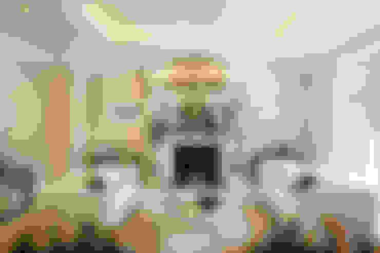 غرفة المعيشة تنفيذ Celia Sawyer Luxury Interiors