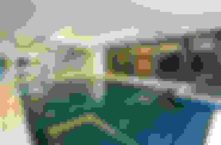 Spas  por Celia Sawyer Luxury Interiors