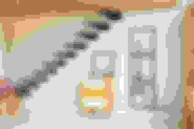 Salas de estar  por (주)강경숙칠판