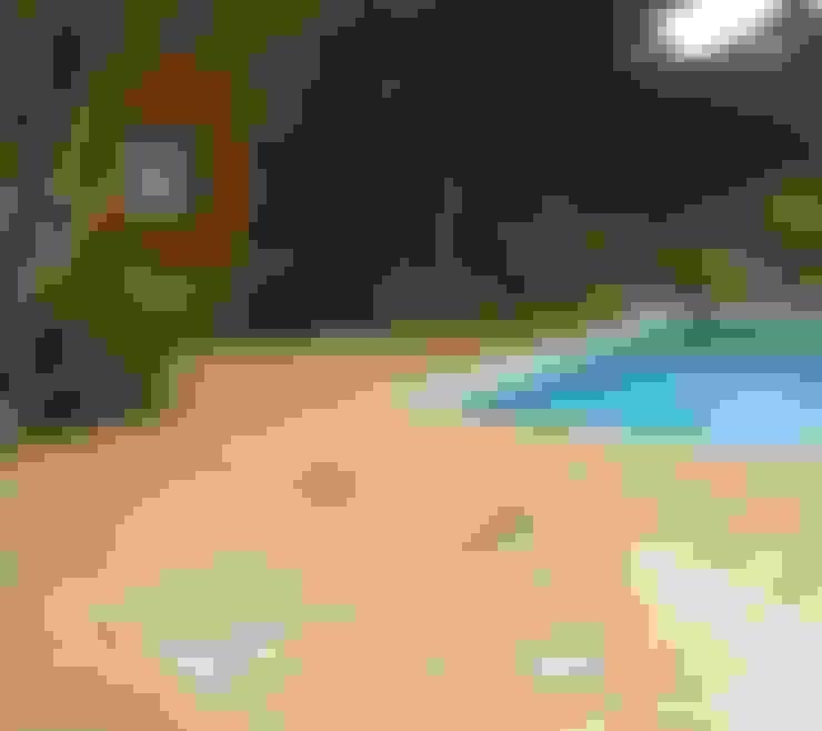 Piletas de estilo  por Solnhofen Piedra Natural, S.L.