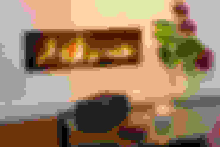 Koubou Interiors:  tarz Oturma Odası