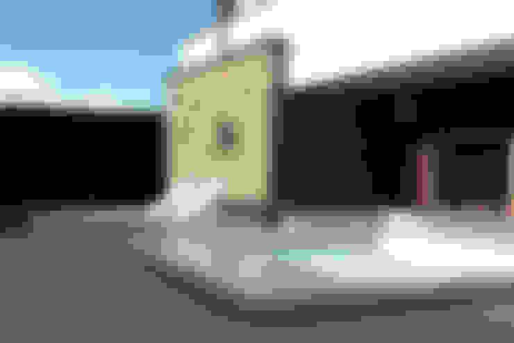 Pool by GRITTI ROLLO | Stefano Gritti e Sofia Rollo