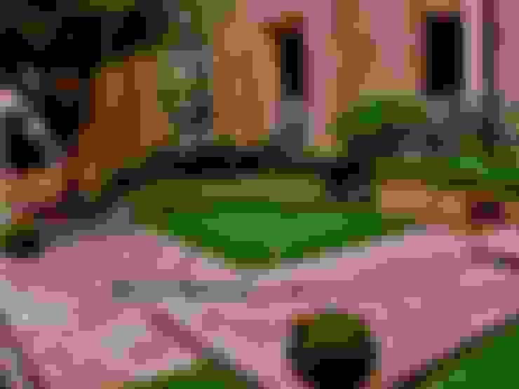 Jardines de estilo  por NATURA
