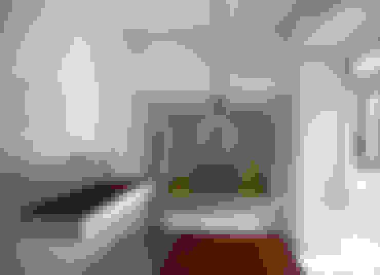 Apartamento Pedras Negras (2012): Cozinhas  por pedro pacheco arquitectos