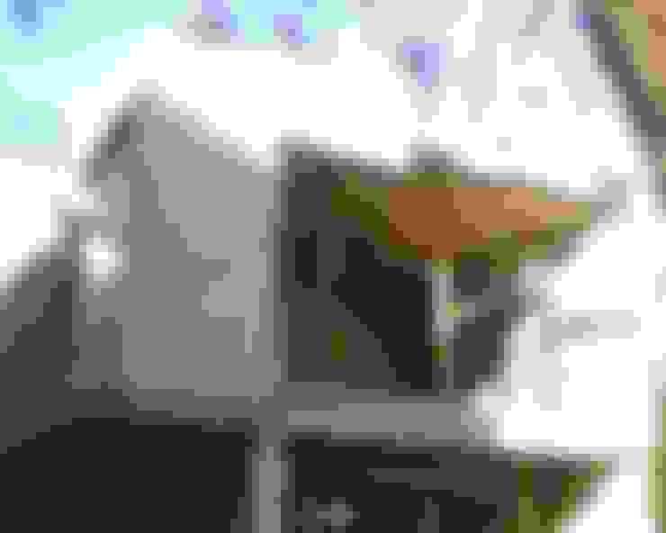 Casa Guadalquivir:  de estilo  por CORTéS Arquitectos