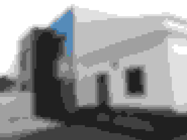 Puertas y ventanas de estilo  por AZD Diseño Interior
