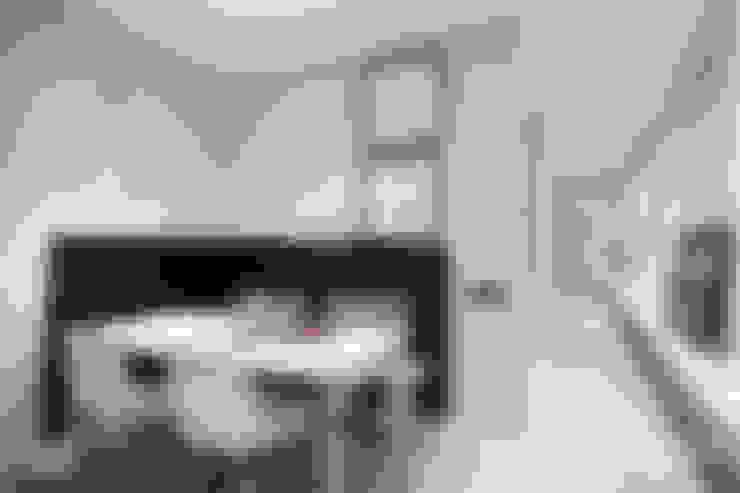 Dining room by Dröm Living