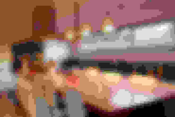 Kitchen by ESTUDIO GEYA