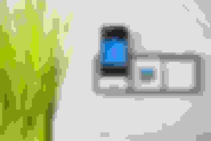 Projekty,  Łazienka zaprojektowane przez Klotz Badmanufaktur GmbH