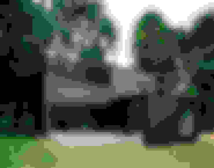 Casas de estilo  por C95 ARCHITEKTEN