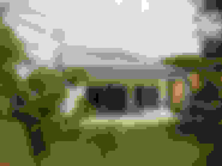 Casas  por VALERI.ZOIA Architetti Associati