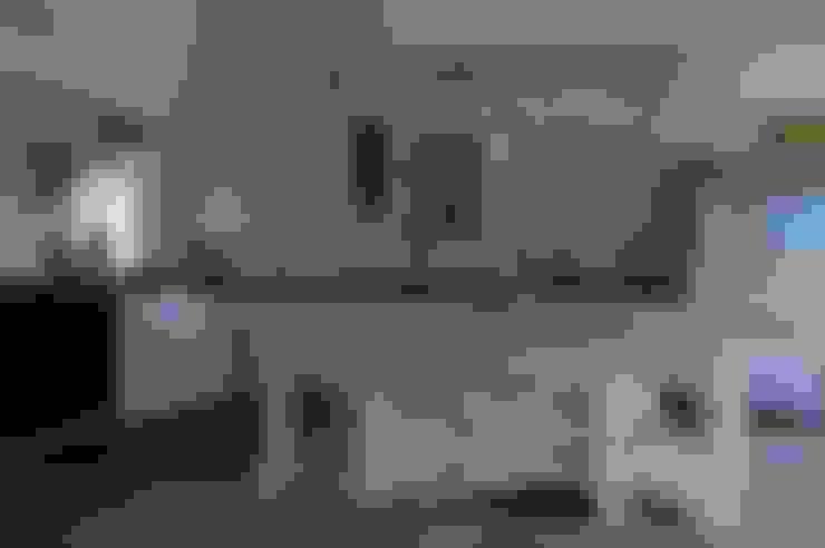廚房 by Carved Wood Design Bespoke Kitchens.