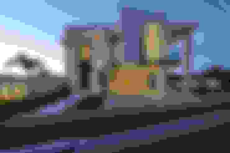 Casa Contemporânea: Casas  por Espaço Cypriana Pinheiro