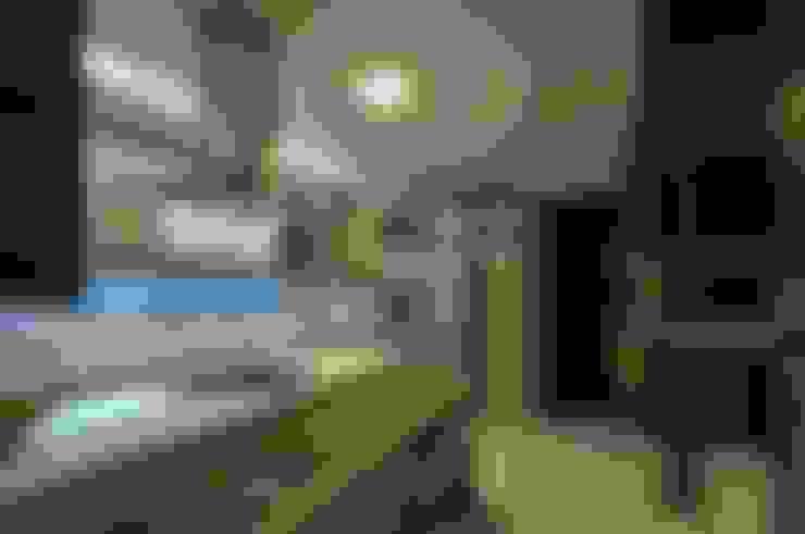 Kitchen by Espaço Cypriana Pinheiro