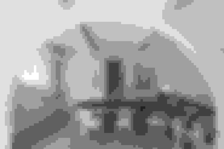 Salas de estar  por Architetto Silvia Giacobazzi