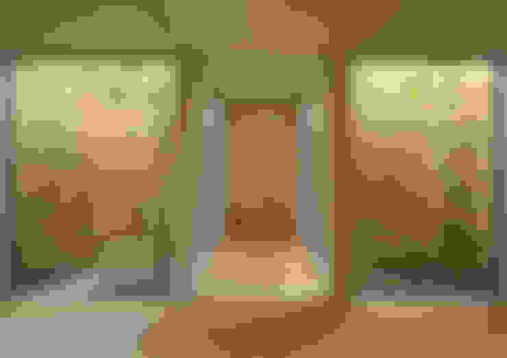 Corridor & hallway by arbol