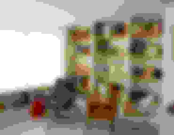 Salas de estilo  por SANDRA DE VENA, ARQUITECTURA Y CONSTRUCCION