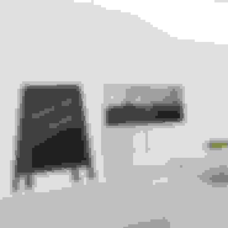 Walls & flooring by Goodvinilos