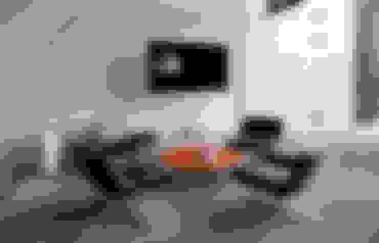 Estudios y oficinas de estilo  por grupoarquitectura
