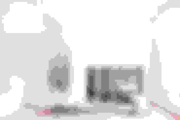 Bedroom by KOKO KLIM