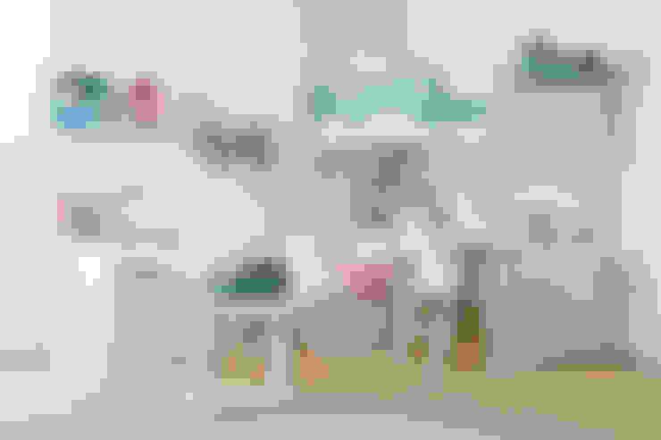 Nursery/kid's room by Sofás Camas Cruces