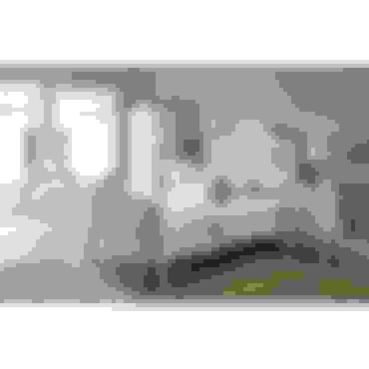 Camera da letto in stile  di Homesdirect365