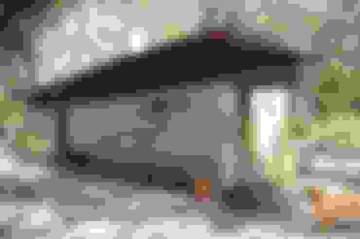 Casa Tapial: Casas de estilo  por MULA.Arquitectos
