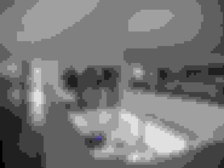 EAS Arquitectura:  tarz Koridor ve Hol