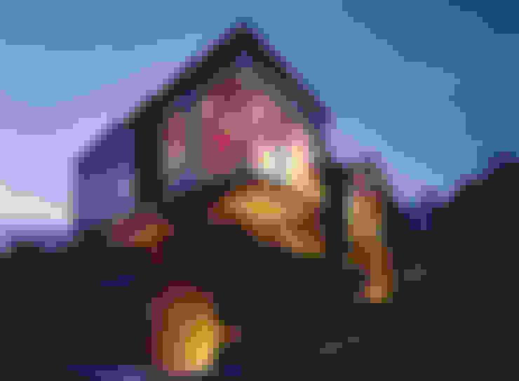 西岡本のコートハウス: 田中一郎建築事務所が手掛けた家です。