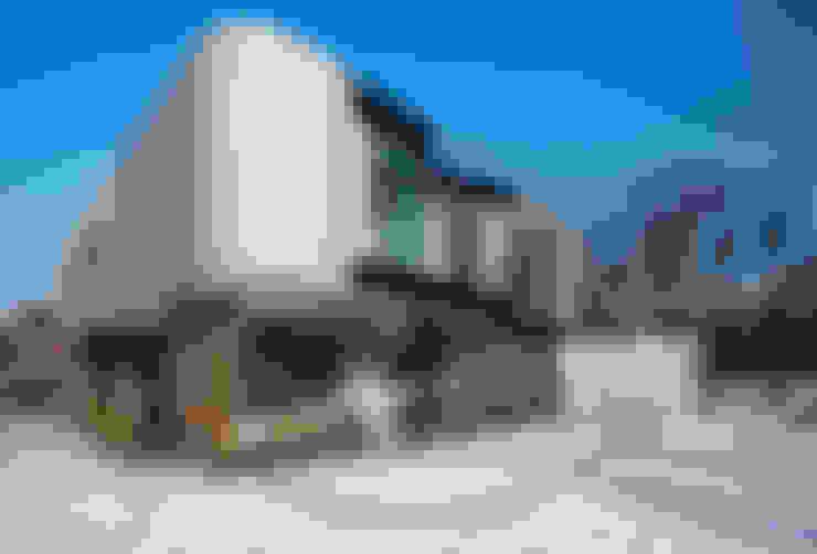 Paredes  por 123DV Moderne Villa's