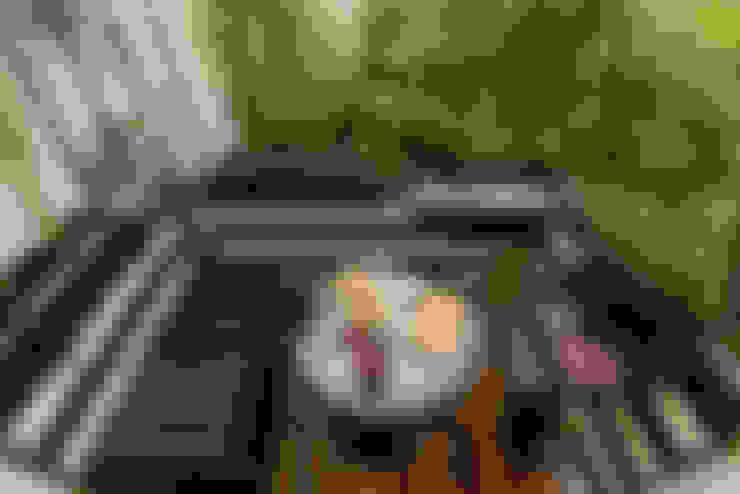 DIE BALKONGESTALTER:  tarz Balkon, Veranda & Teras