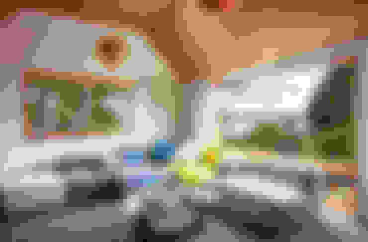ห้องนั่งเล่น by Dorrington Atcheson Architects