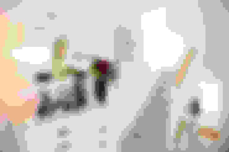 Casas de estilo  de My Bespoke Room Ltd