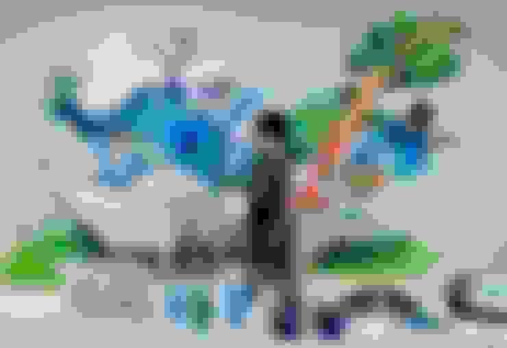 """Gamze Yalçın Studio – 'Healing The World' mural for """"HEXAGON Ortho"""":  tarz Çalışma Odası"""