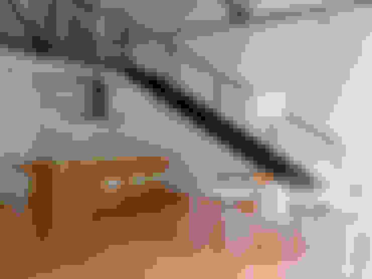 Salas de estilo  por Paola Maré Interior Designer