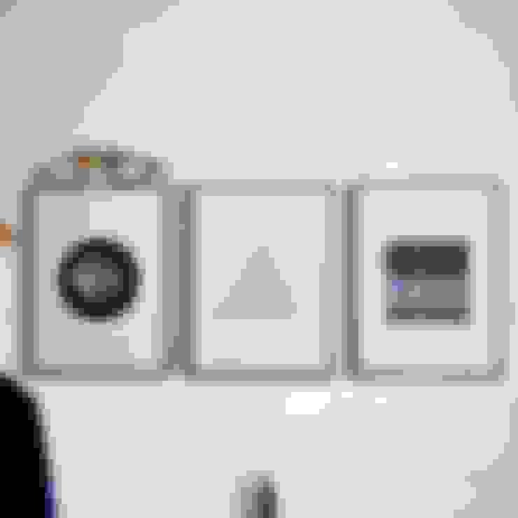Salas/Recibidores de estilo  por Herr Mandel