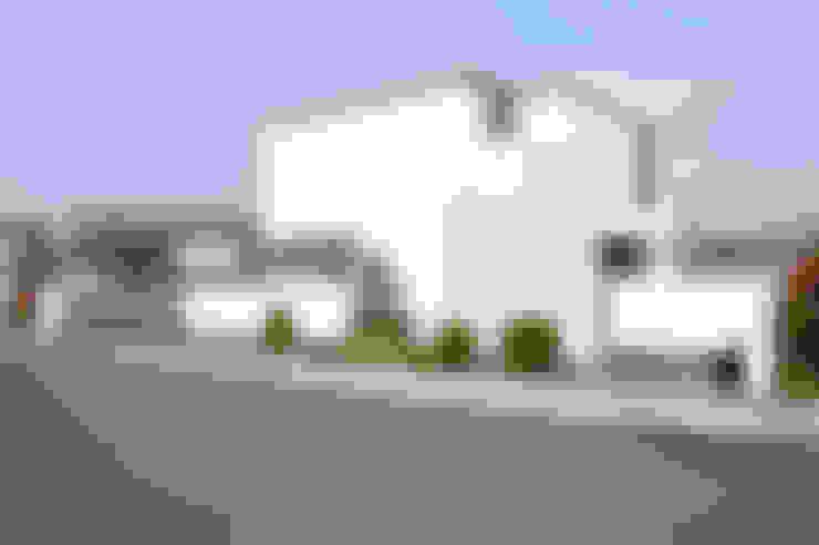 Casas de estilo  por tissellistudioarchitetti