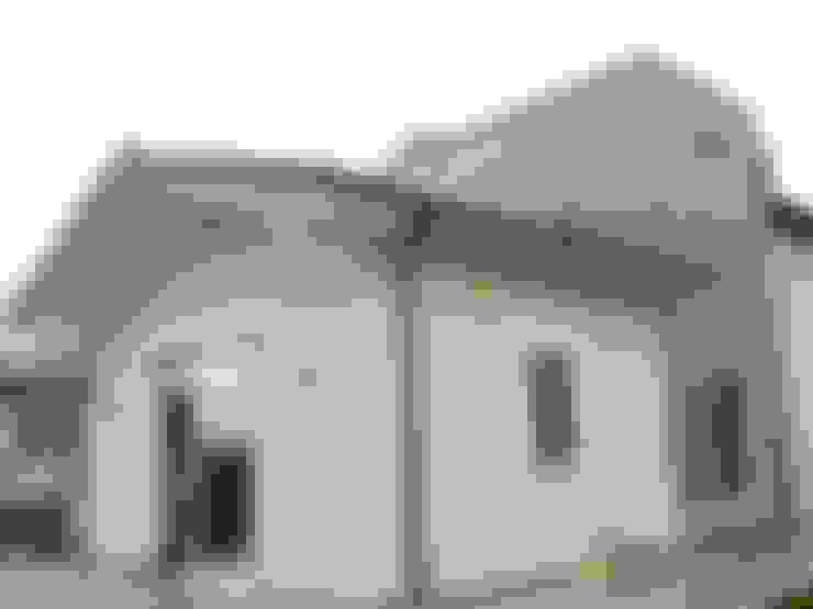 Household by Calabrese & Iozzi Architetti Associati