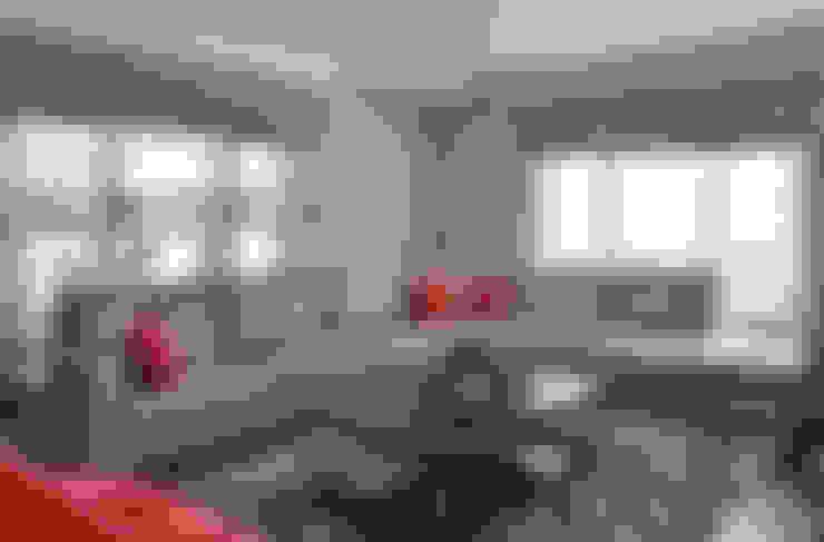 Aykuthall Architectural Interiors – KANEPE:  tarz Oturma Odası