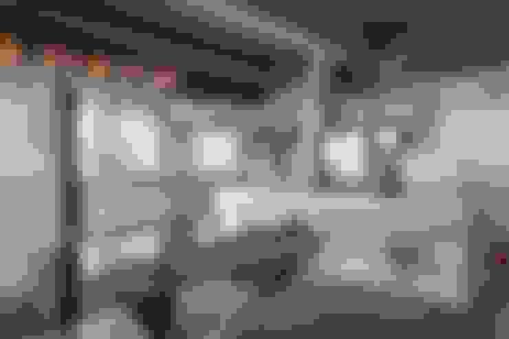Apartamento Campo Belo - 374m2: Cozinha  por Viviane Dinamarco Design de Interiores