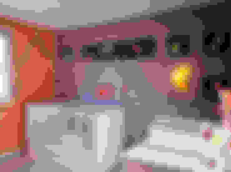 Baby Side - Chambre bébé Ana: Chambre d'enfant de style  par B.Inside