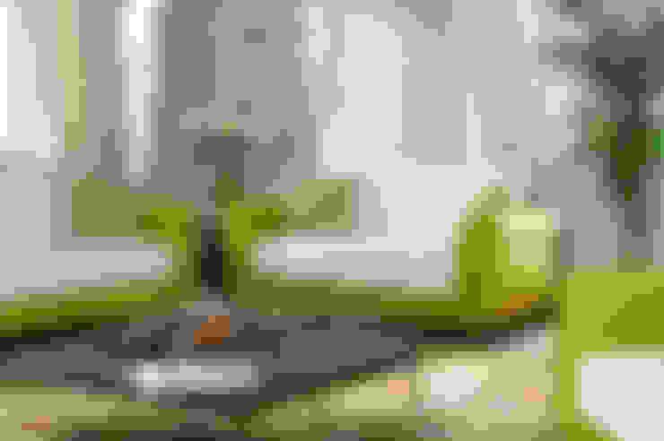 MUNGAN INTERIOR DESIGN – iç mekan,stant ve ürün tasarımları:  tarz Oturma Odası