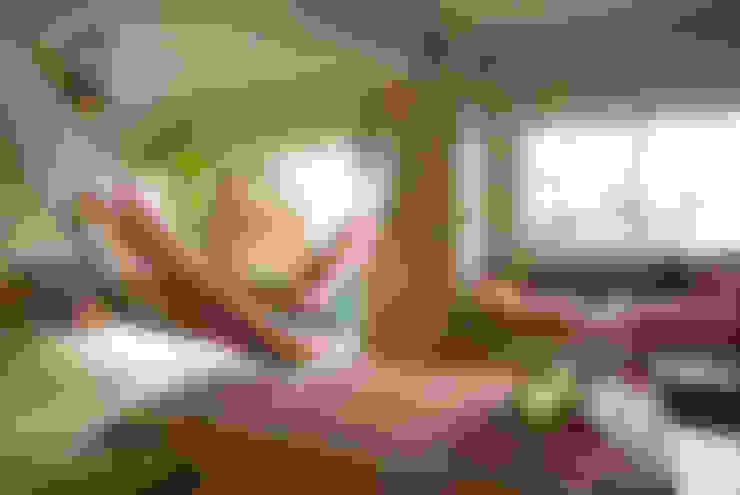 Salas / recibidores de estilo  por TATO DESIGN:タトデザイン株式会社