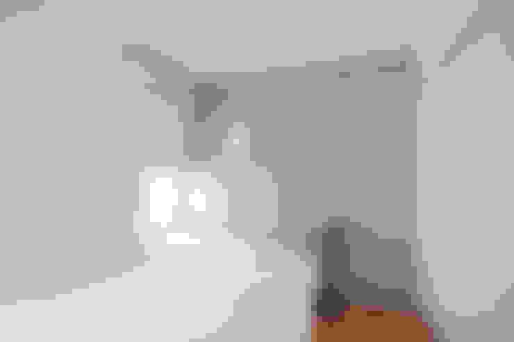 Bedroom by TATO DESIGN:タトデザイン株式会社
