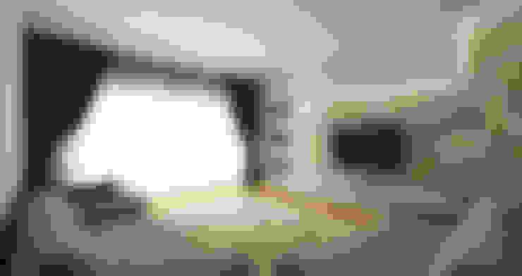 Ruang Keluarga by Niyazi Özçakar İç Mimarlık