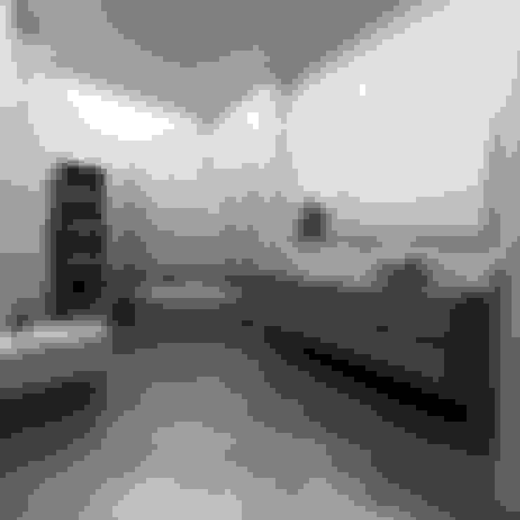Bathroom by Niyazi Özçakar İç Mimarlık