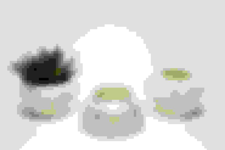 Chimney bloempot - nieuw Delftsblauw:  Binnenbeplanting door Ontwerpstudio Inge Simonis