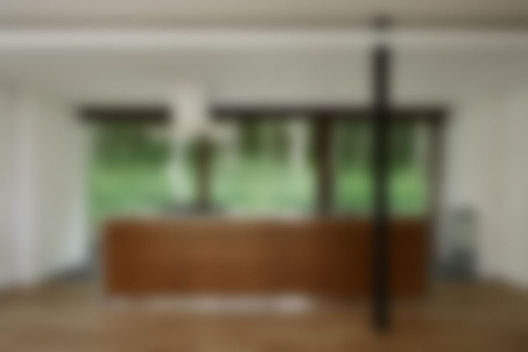 アイランドキッチン~029那須Hさんの家: atelier137 ARCHITECTURAL DESIGN OFFICEが手掛けたキッチンです。