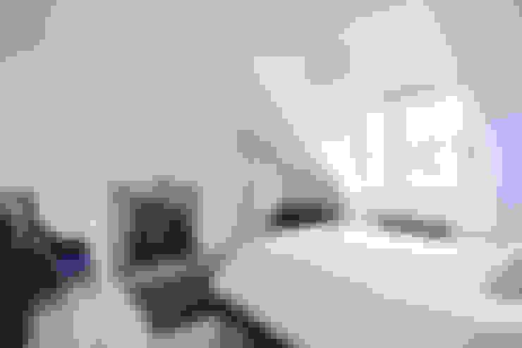 غرفة نوم تنفيذ Brown + Brown Architects