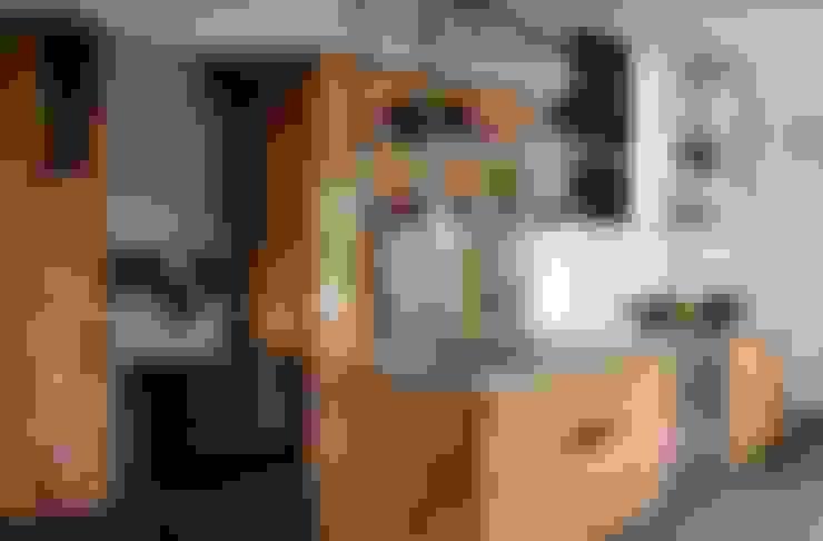 KH Küche: Asteiche Natur / Edelstahl:  Küche von KH System Möbel GmbH